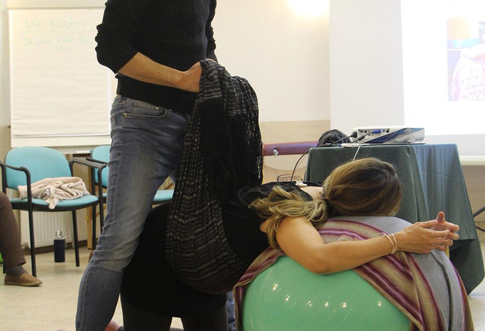 rebozo sifting at spinning babies workshop